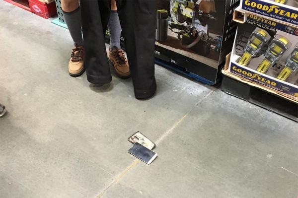 Costco-shopper-left-pantless-when-phone-catches-fire-in-his-pocket
