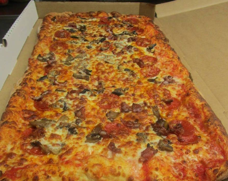 Punxsy Eateries Team Up To Make Huge Pizza For Community