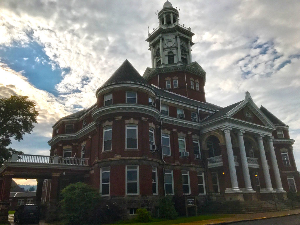 State Bureau Says No Current Plans to Close Polk Center
