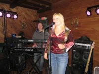Wheels & Heels to Provide Friday Night Music at Iron Mountain Grille