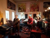Valentine's Dinner, Arcade Band Scheduled for Tonight at R** Bandana Winery