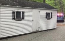 Say What?!: Gutsy Thieves Busted Dragging 25-Foot Shed Down Road