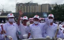 Say What?!: Chefs in Vietnam Break Guinness Record for Largest Soup Serving