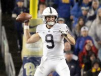 Penn State Football Hands Out Awards at Banquet
