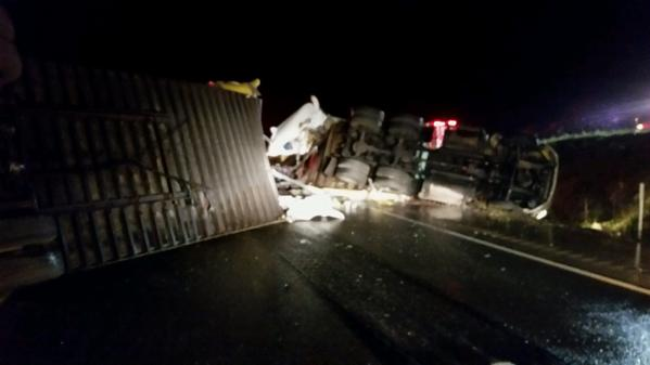 exploreJeffersonPA com – Tractor Trailer Crash Shuts Down Portion of
