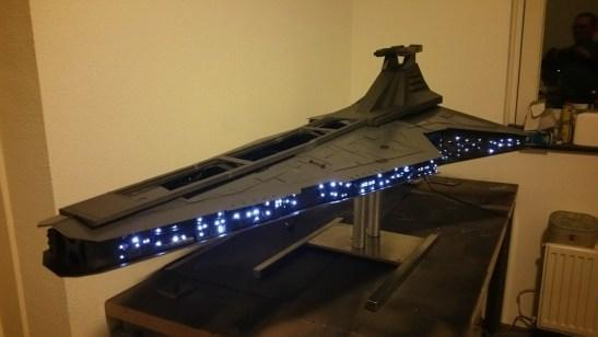 Man-builds-Star-Destroyer-model-containing-working-PC