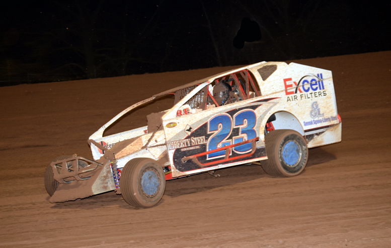 Jimmy Weller returned to victory lane this past week at Sharon Speedway. Photo by Rick Rarer.