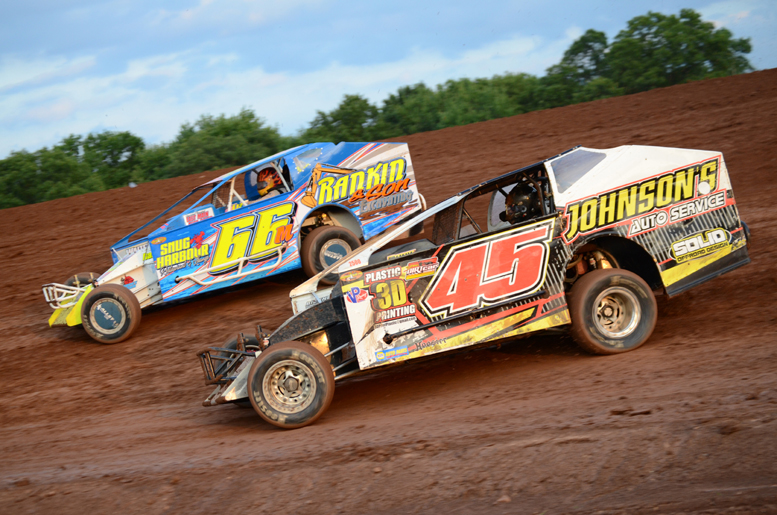Steve Feder (Shown here racing with JR McGinley from Clarion) went on to pick up his first career Lernerville win