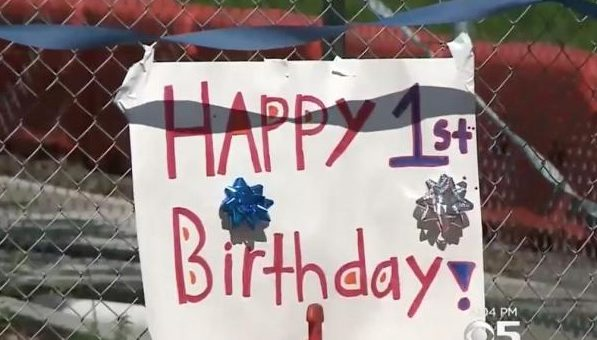 California-town-celebrates-birthday-for-year-old-sinkhole